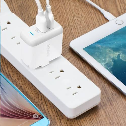 小巧精美--Anker PowerPort 2孔智慧型USB充電器